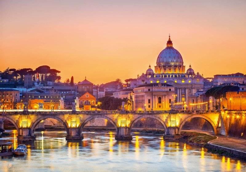 Купить фотообои для стен: Рассвет над Римом