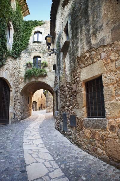 Купить фотообои для стен: Улочка Испании
