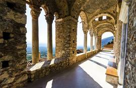 Замок в Греции